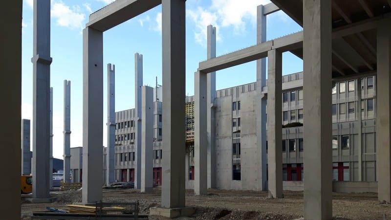 Ansicht von Fertigteilen während der Bauphase des IKEA CDC Wien